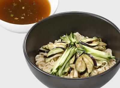 ピリ辛みそダレの冷やし茄子つけ麺
