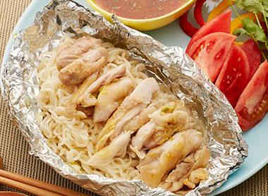 シンガポールチキンライス風ホイル麺