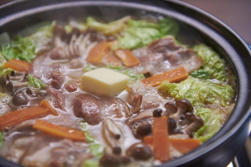 ガリバタ豚みそ鍋