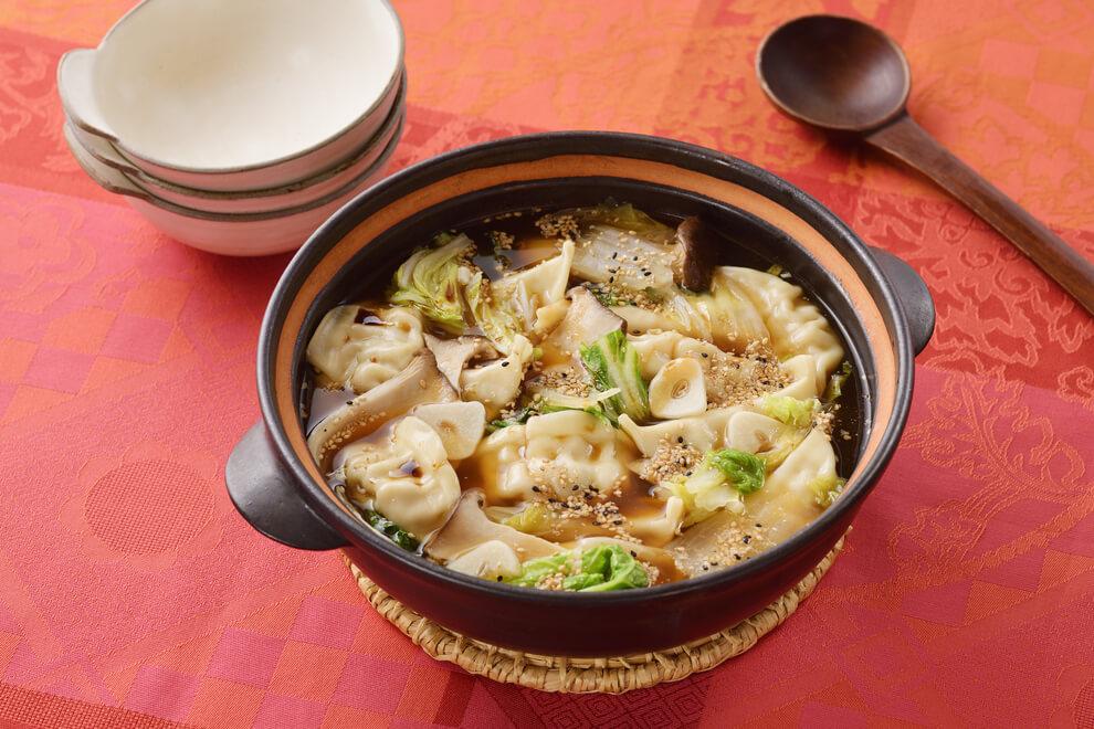 サッポロ一番 ガーリック水餃子なべ